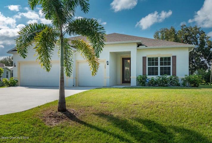 709 Rose Avenue, Sebastian, FL 32958