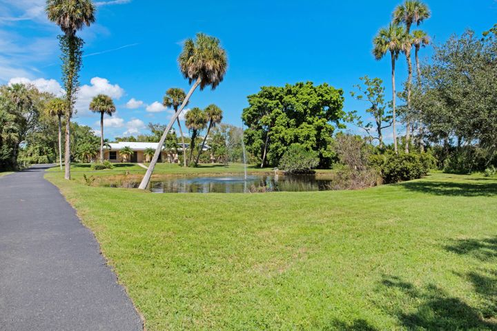 2235 N Tropical Trail N, Merritt Island, FL 32953