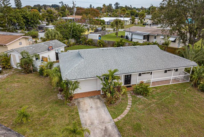 907 Canal Lane NE, Palm Bay, FL 32905