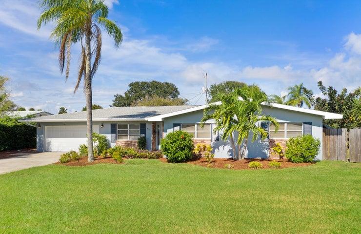 570 Glenwood Avenue, Satellite Beach, FL 32937