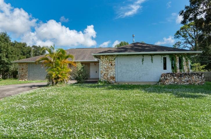 875 Emerson Drive NE, Palm Bay, FL 32907