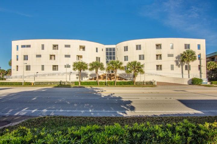 601 N Miramar Avenue, 107, Indialantic, FL 32903
