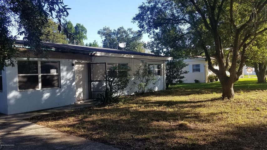 2952 Nicholson Street, Titusville, FL 32796