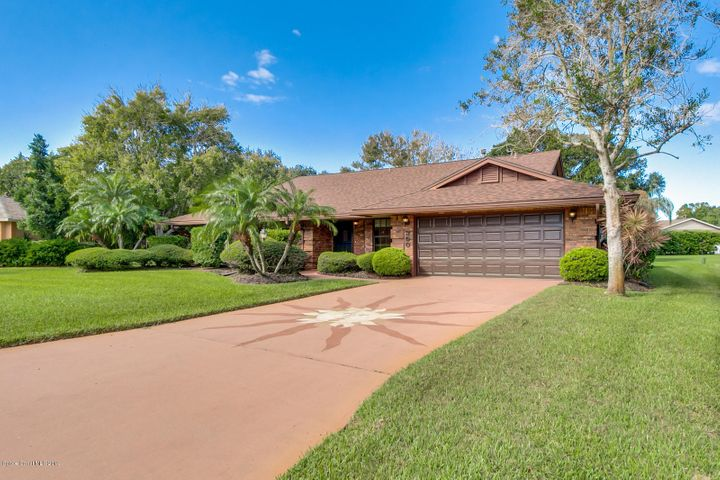Stunning Curb Appeal in Crystal Lakes