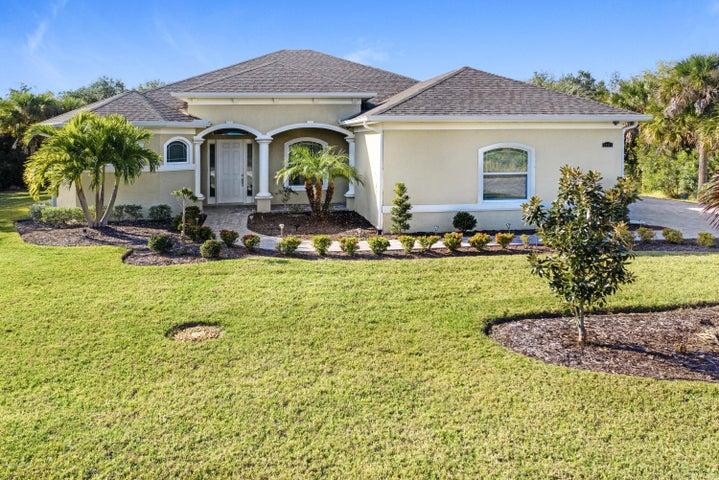 2402 Westhorpe Drive, Malabar, FL 32950