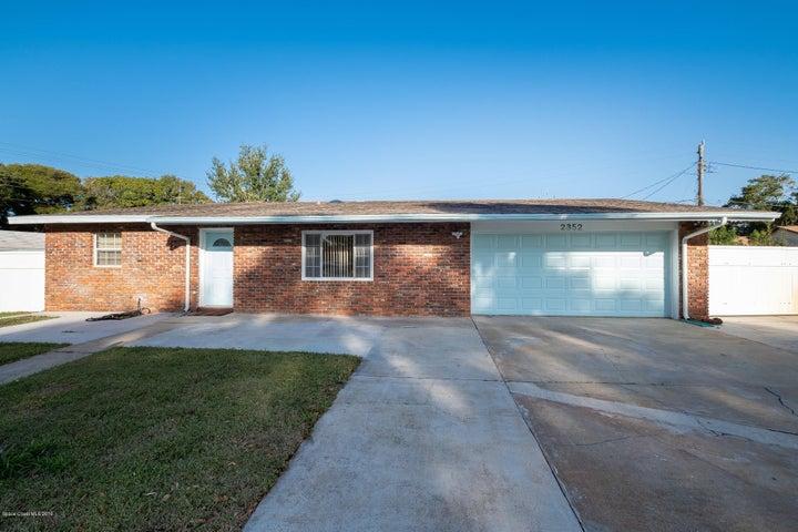 2352 Middlecoff Court, Titusville, FL 32780