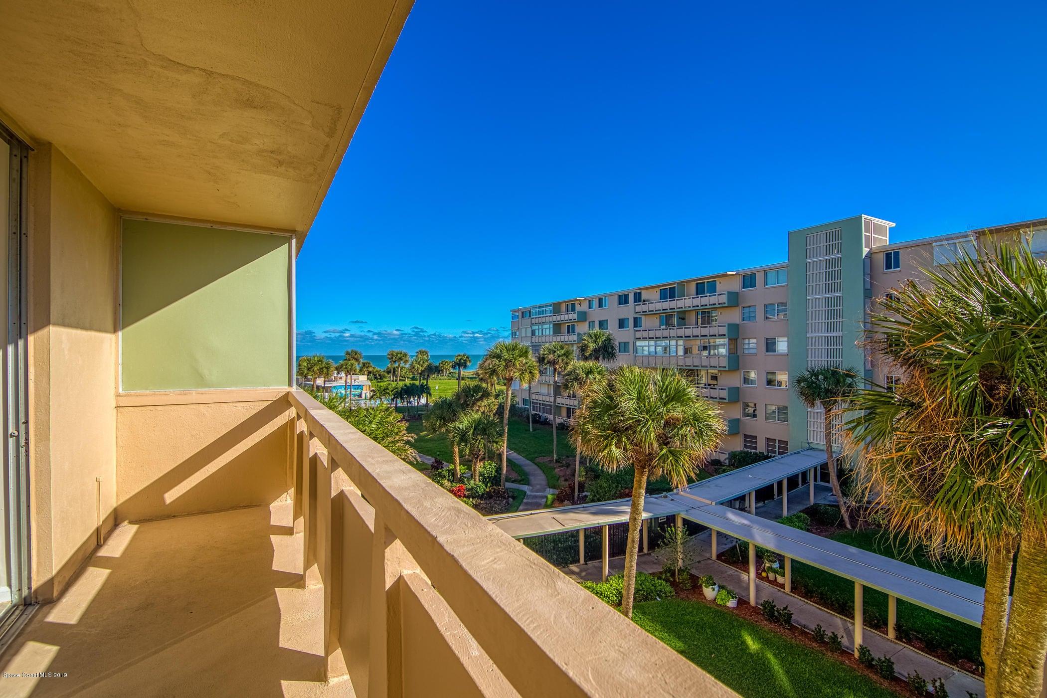 2020 N Atlantic Avenue, Cocoa Beach, FL 32931