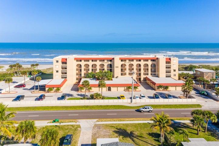 1305 S Atlantic Avenue, Cocoa Beach, FL 32931
