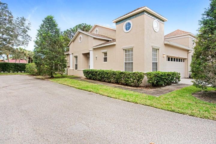 7408 Spyglass Hill Road, Melbourne, FL 32940