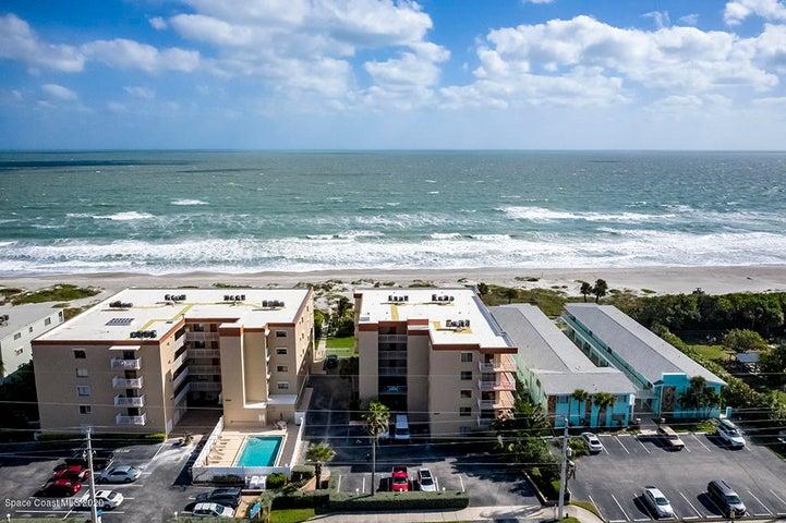 1527 S Atlantic Avenue, 303, Cocoa Beach, FL 32931