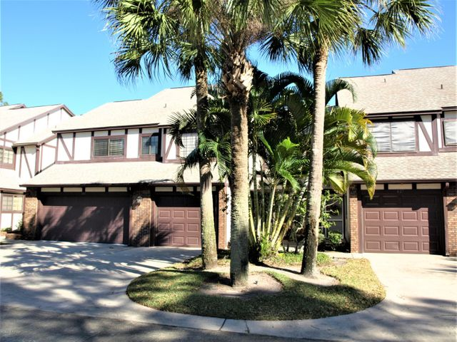 641 Greenwood Manor Circle, West Melbourne, FL 32904