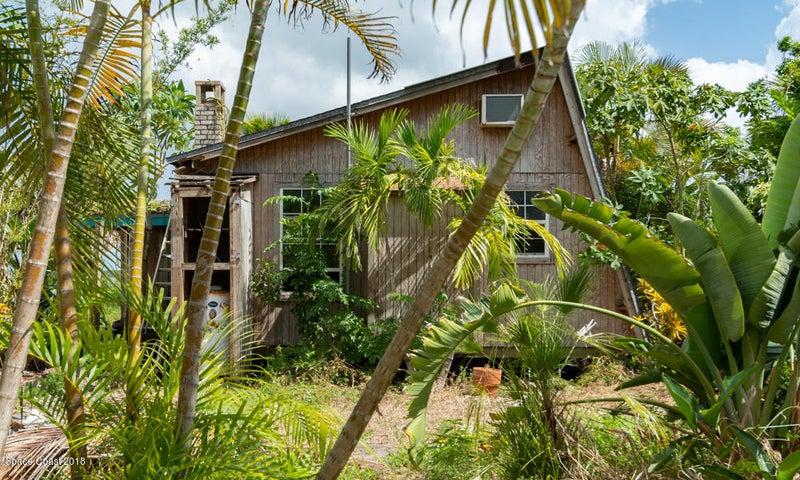 20 Vip Island, B, Grant Valkaria, FL 32949