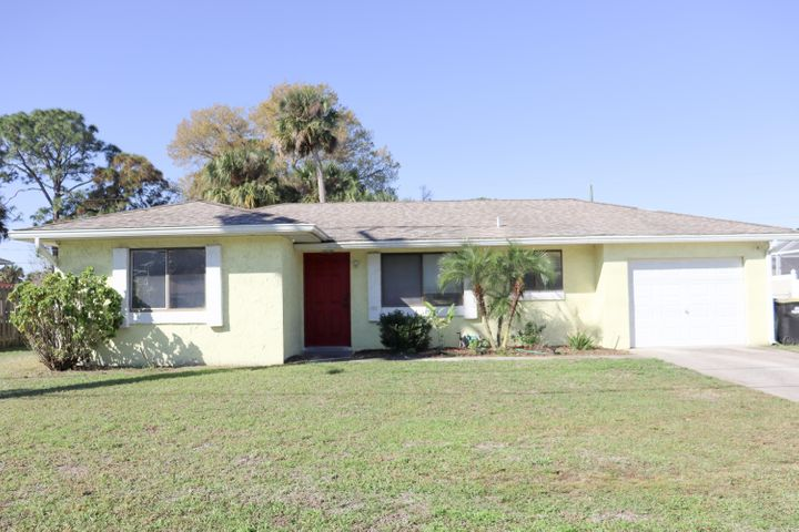 2620 Emerson Drive SE, Palm Bay, FL 32909