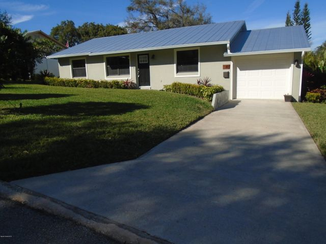48 Burlington Avenue, Rockledge, FL 32955