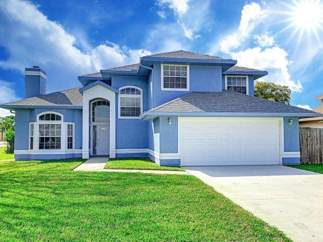 2380 Palm Lake Drive, Merritt Island, FL 32952