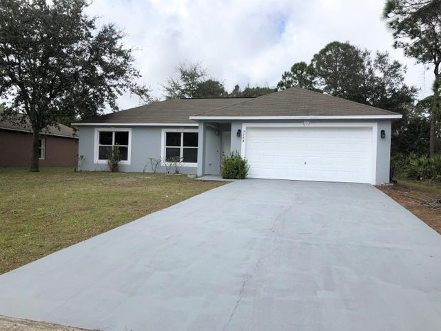 3158 SE Troon Avenue SE, Palm Bay, FL 32909