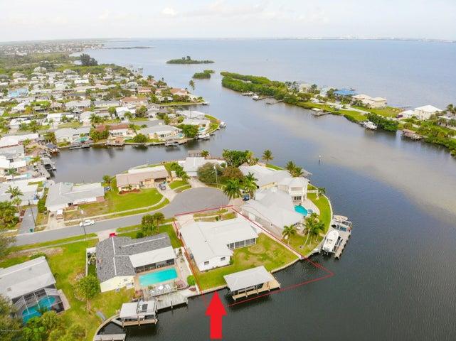 1725 Sandy Court, Merritt Island, FL 32952