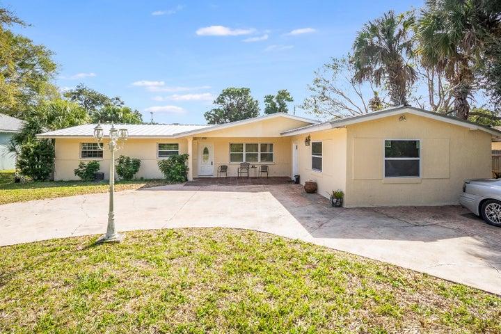 271 Palmetto Avenue, Merritt Island, FL 32953