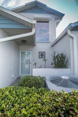 1030 Villa Drive, Melbourne, FL 32940