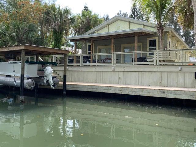 48 Vip Island, Grant Valkaria, FL 32949