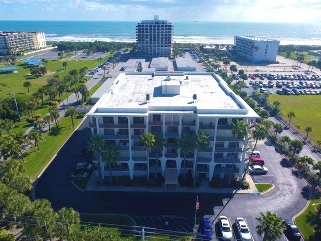 2090 N Atlantic Avenue, 406, Cocoa Beach, FL 32931