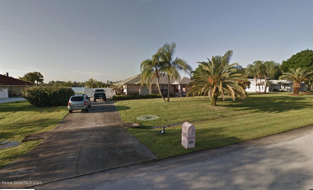 395 Lake View Lane, Grant Valkaria, FL 32909