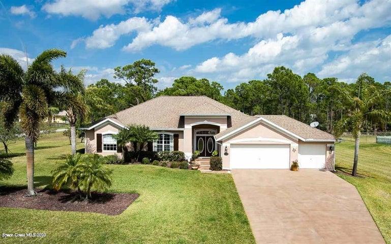 4500 Celestial Drive, Grant Valkaria, FL 32949