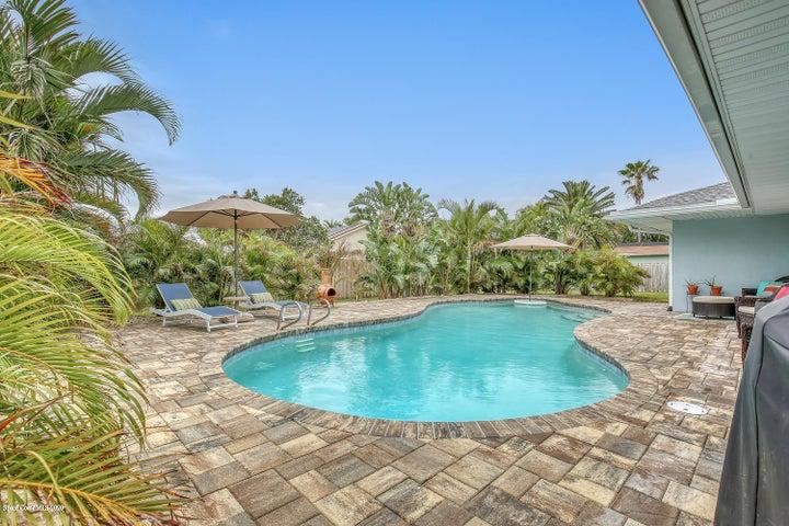 215 Birch Avenue, Melbourne Beach, FL 32951