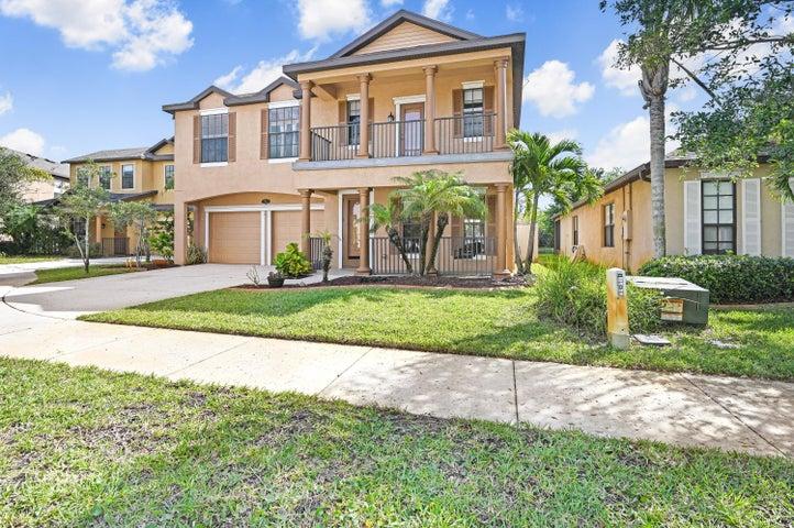2922 Glenridge Circle, Merritt Island, FL 32953