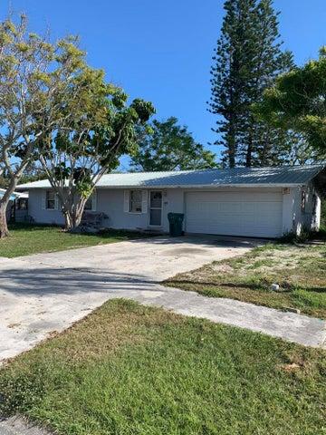 1425 Phyllis Drive, Merritt Island, FL 32952