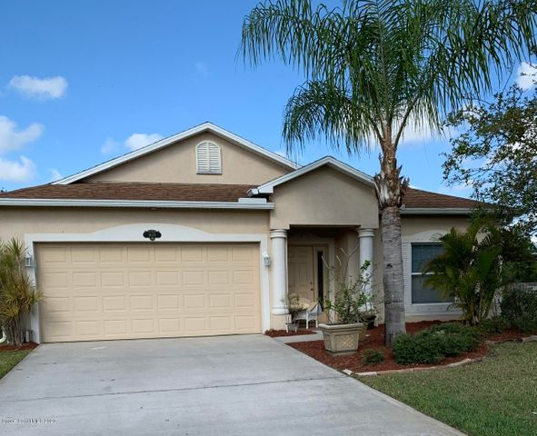 Beautiful 4 Bedroom Home in Gated Heritage Oaks