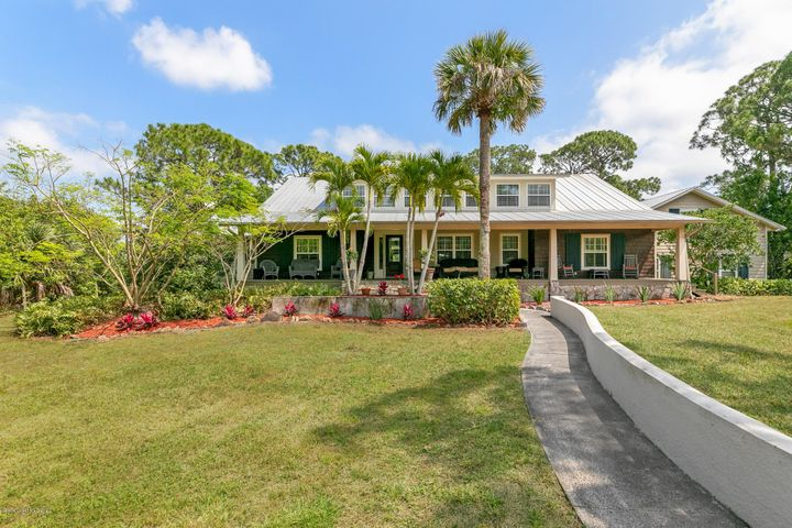 2080 S Tropical Trail S, Merritt Island, FL 32952