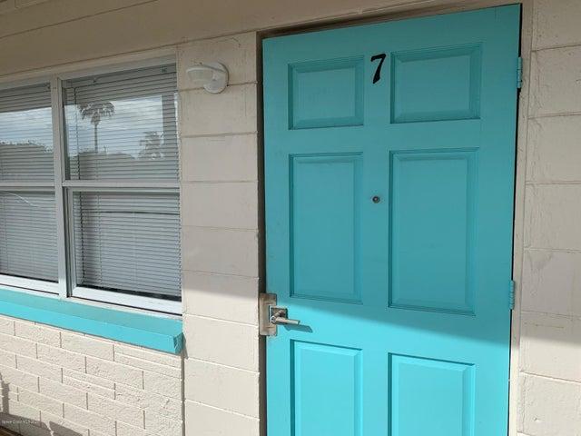 490 S Orlando Avenue, 7, Cocoa Beach, FL 32931