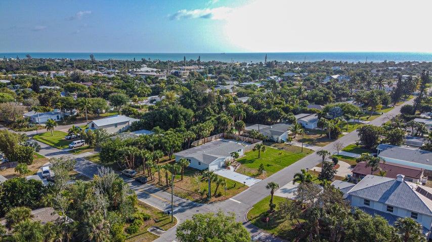 422 3rd Avenue, Melbourne Beach, FL 32951