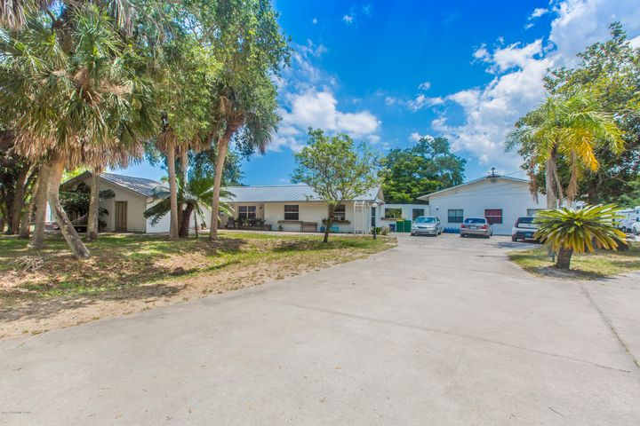 1555 Dalbora Road, Merritt Island, FL 32953