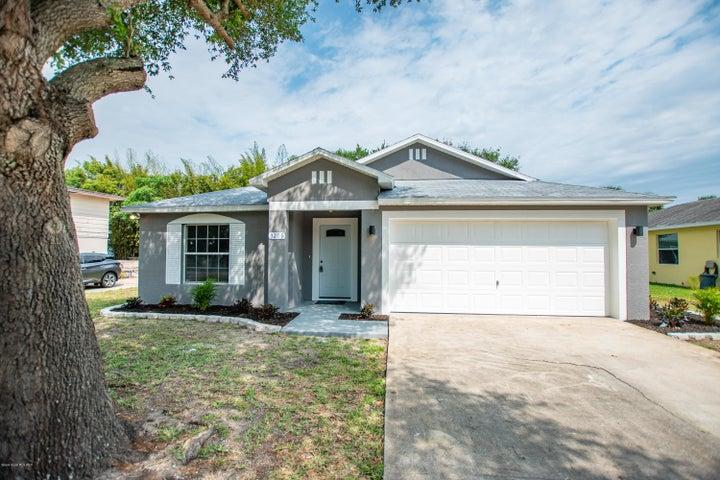 3205 Royal Oak Drive, Titusville, FL 32780