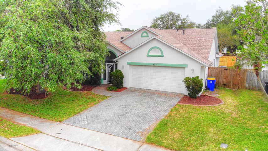 925 Pelican Lane, Rockledge, FL 32955