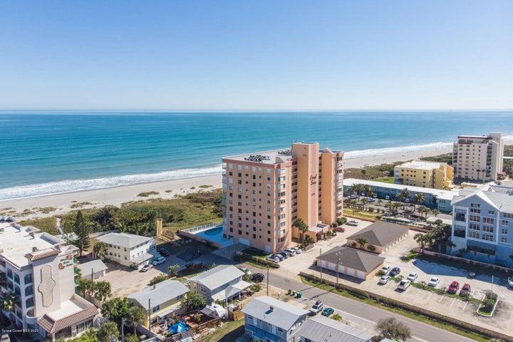6770 Ridgewood Avenue, 205, Cocoa Beach, FL 32931