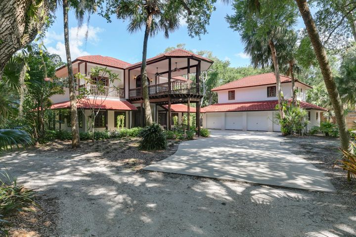 7675 S Tropical Trail S, Merritt Island, FL 32952