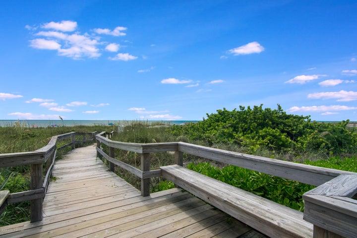 Walkway to the beautiful beaches of Cocoa Beach!
