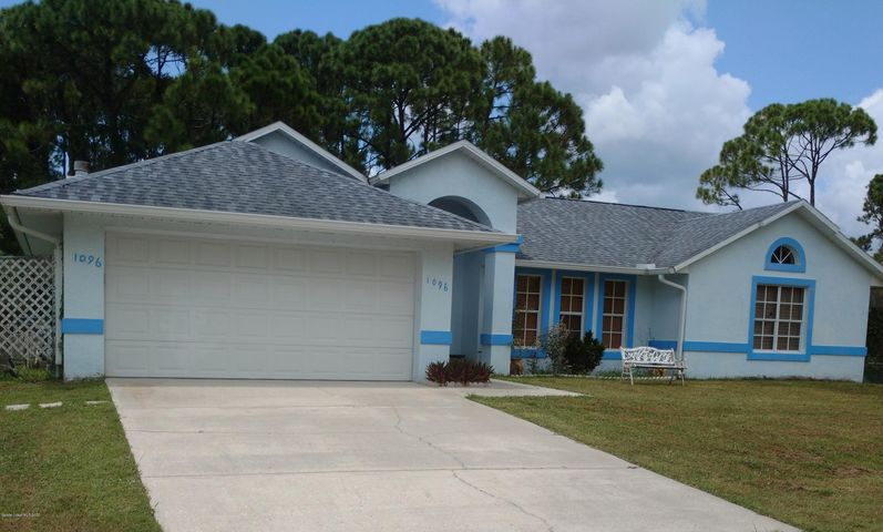 1096 Glencove Avenue NW, Palm Bay, FL 32907