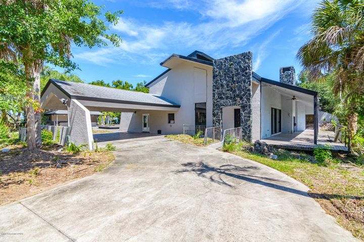 6065 S Tropical Trl, Merritt Island, FL 32952