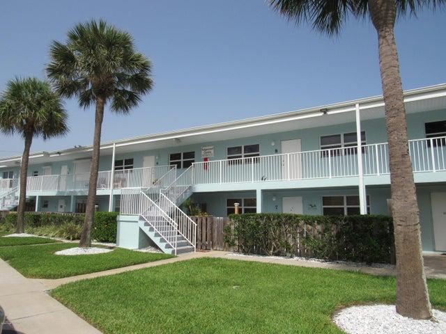 7605 Ridgewood Avenue, 8-1, Cape Canaveral, FL 32920