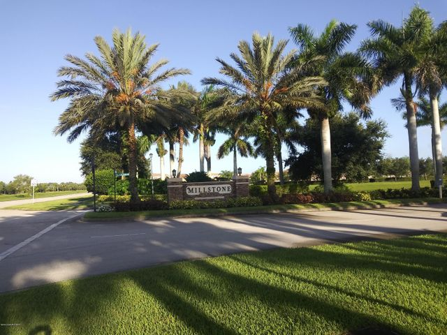 2795 Grand Isle Way SW, Vero Beach, FL 32968