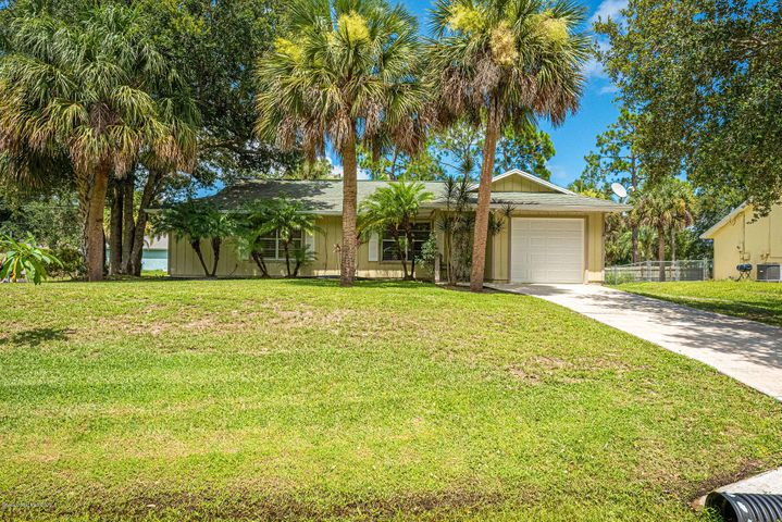 1566 Pleasantview Lane, Sebastian, FL 32958