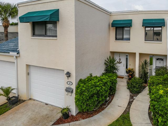 12 Emerald Court, Satellite Beach, FL 32937