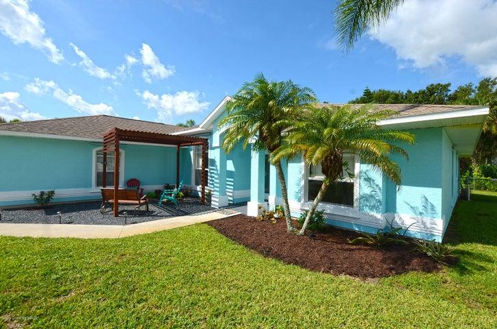 1485 Barber Street, Sebastian, FL 32958