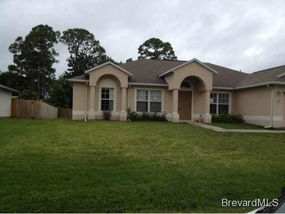 784 NW Munich Street NW, Palm Bay, FL 32907