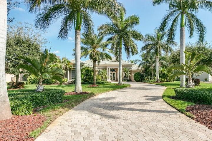 242 Lansing Island Drive, Indian Harbour Beach, FL 32937