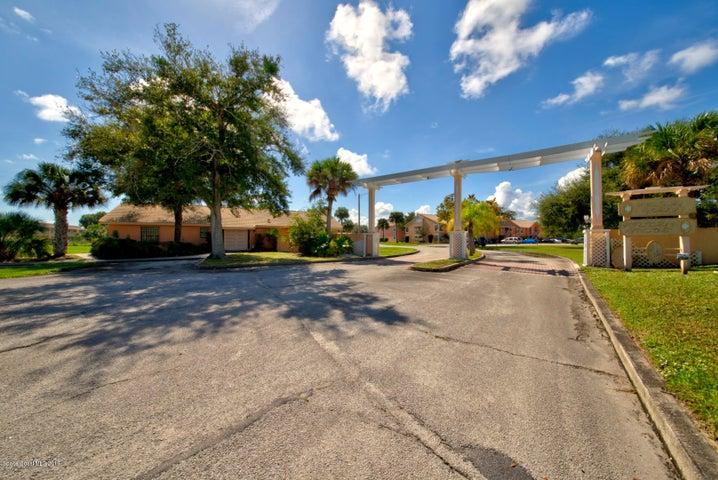 2087 Hidden Grove Lane, 207, Merritt Island, FL 32953